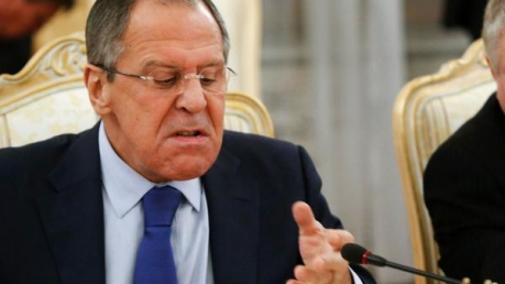"""Лавров обиделся на ЕС: мы """"спасли"""" Крым, а вы опять про санкции"""