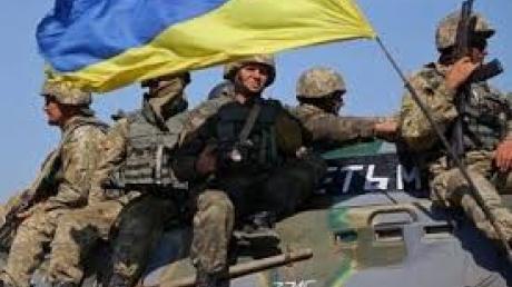 """Сеть покорило мощное видео с бойцами ВСУ после уничтожения боевиков: """"Солнышки, как всегда, на позитиве"""""""