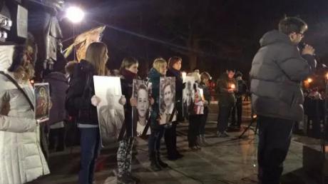 Панихида по жертвам теракта 22 февраля проходит в Харькове