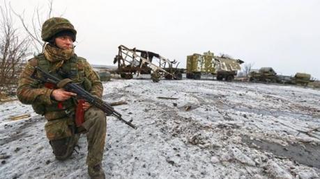 Балога: украинские военные должны выйти из Дебальцево. Это - стратегический маневр