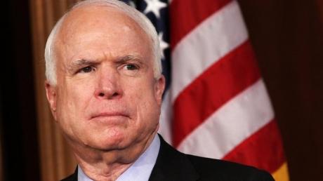 Россия должна заплатить за агрессию в отношении США и Украины, поэтому Конгресс обязан принять жесткий законопроект, который серьезно усилит санкции в отношении России! – Маккейн