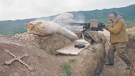 Бои в НКР продолжаются: в окрестностях Мардакерта не утихает артиллерийский огонь