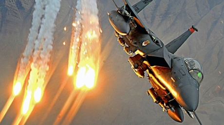 """Очередная провокация """"марионеток Кремля"""" и невероятный ответ Израиля: ЦАХАЛ нанес новый удар по Сирии, мастерски уничтожив позиции армии Асада в районе Кунейтры! – кадры"""