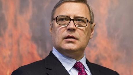 Касьянов бросает вызов режиму Путина: фильм по НТВ - это дело рук российского президента и его прилипал