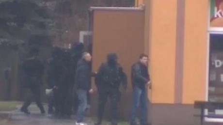 Подробности расстрела в Чехии: 60-летний мужчина убил восьмерых посетителей ресторана