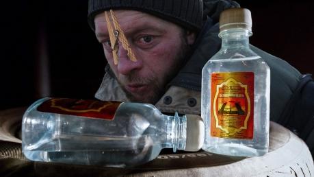 """Циничное покушение на духовные скрепы: в России в разы дорожает убийственный """"Боярышник"""" - соцсети в бешенстве"""