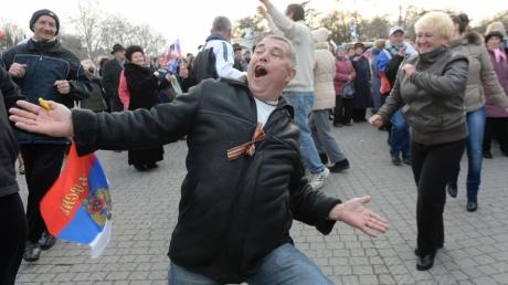 """""""Загадили Россию – загадят и Крым"""", - крымчане отбиваются от россиян, желающих переехать на полуостров"""