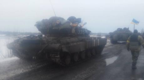Семенченко: ВСУ взяли поселок Логвиново и трассу Артемовск-Дебальцево