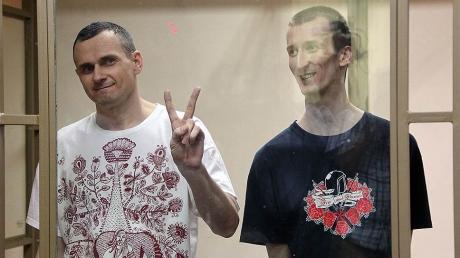 Сенцова и Кольченко ждет триумфальное возвращение: власти РФ готовят документы для передачи пленников Украине