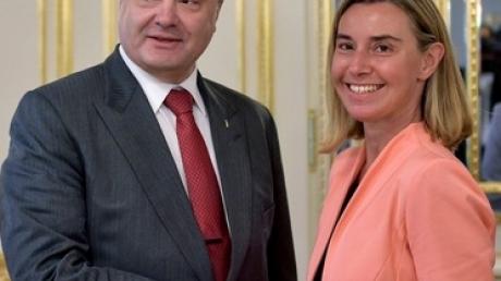 Порошенко и Могерини скоординировали позиции перед заседанием совета ЕС - АП