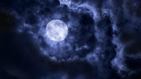 полнолуние в октябре, гороскоп на октябрь, астрология,кому не повезет, знаки зодиака