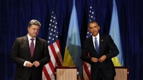 Обама заверил Порошенко в полной поддержке мирных переговоров по Донбассу