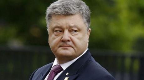 """Порошенко бросил политический вызов Зеленскому: """"Напоминаете подростков"""""""