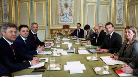 Французские СМИ жестко описали встречу Зеленского и Макрона - миф о радужной встрече рухнул, вся критика в адрес кандидата оправдана