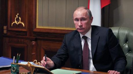 """Путин подписал закон, который """"запрещает"""" возврат Крыма Украине"""