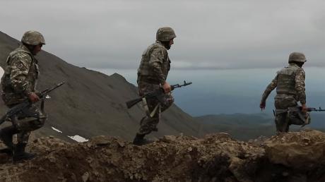 Азербайджан вновь атаковал позиции Армении – разгромлены техника и опорный пункт