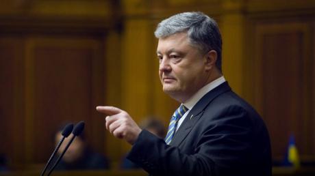 Порошенко жестко ответил Зеленскому на решение Рады про роспуск ЦИК