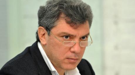 СМИ: московская полиция допросила владельца машины, из которой стреляли в Немцова