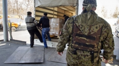 В Луганск прибыли 70 машин российской гуманитарной помощи