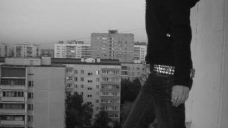 Страшная гибель детей в Новом Уренгое: несчастная любовь подтолкнула школьников к смертельному прыжку с крыши многоэтажки
