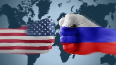 """Как же яростно Россия """"сражается"""" за свои """"домики"""" в США! Думаю, там есть тайник, о котором все уже давно забыли, - Михайленко"""