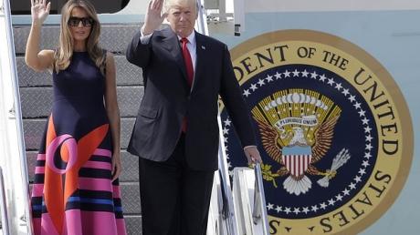 Беспрецедентные меры безопасности: Трамп прибыл в Гамбург в сопровождении трех военно-транспортных вертолетов Вооруженных сил США со спецназом на борту - опубликованы фото и видеокадры