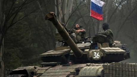 Под Луганском мощно разгромлена армия Путина: боевики не успевают вывозить убитых и раненых террористов