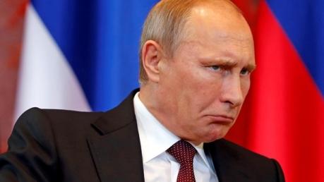 Соцсети: Путин ездит на работу в метро