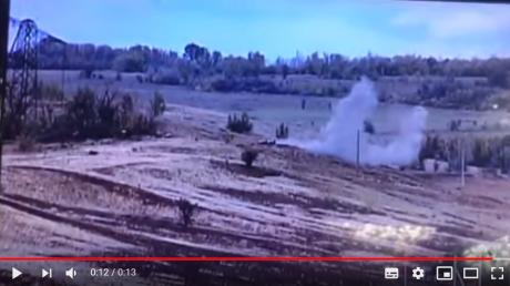 """ВСУ разгромили блиндаж """"ДНР"""" на передовой Донбасса: опубликовано видео мощного взрыва"""