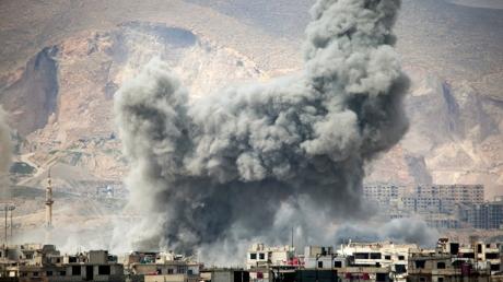 Химическая атака в столице Сирии: диктатор Асад ударил по оппозиции с помощью хлористого газа - СМИ