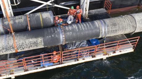 """Письмо сенаторов США лишило шансов """"Северный поток-2"""" - газопровод в обход Украины могут не достроить"""