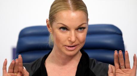 """Волочкову """"кинули"""" на огромные деньги в Анапе: балерина такого не ожидала и не знает, что теперь делать"""
