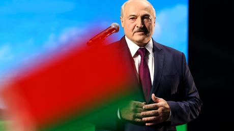 Санкции против режима Лукашенко: журналист узнал, какое решение приняли в ЕС