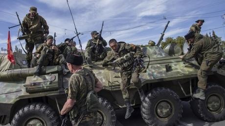 ДНР: мы выпустим украинских военных из Дебальцевского котла только без оружия