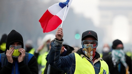 франция, протест, россия, скандал, политика