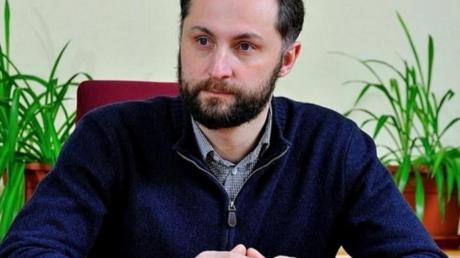 Харебин, которого Зеленкий выгнал из команды, готовит сенсационную иформацию и готов раскрыть скандальные подробности о кандидате