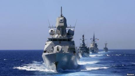В Черное море зашли три боевых корабля НАТО и танкер - СМИ
