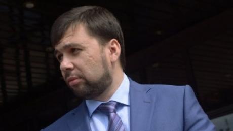 ДНР: Киев намерен отвести тяжелую технику от линии фронта к 7 марта