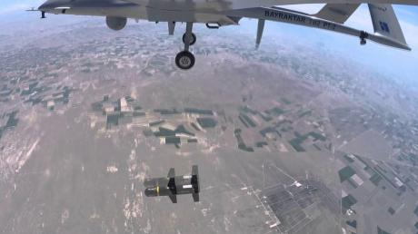 Перед перемирием на юге Карабаха обострение - Армения сообщает о работе ударных БПЛА