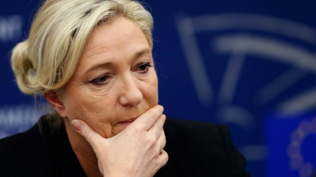 Подруге Путина указали на ее место: Европарламент официально лишил националистку Ле Пен депутатской неприкосновенности - Le Figaro