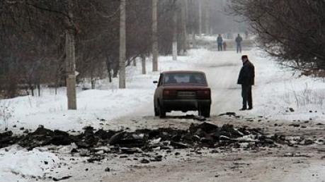 В результате обстрелов боевиков ранены жители Широкино и Артемовска, - МВД