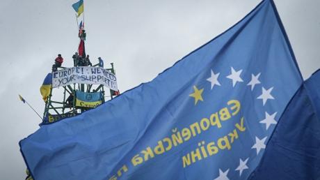 СМИ: Настало время заняться Украиной, а не смотреть на Россию