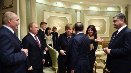 СМИ: Порошенко заявил, что на переговорах еще есть надежда