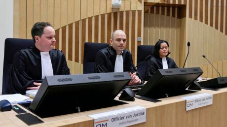 """Второй день суда по МН17: свидетели раскрыли первые подробности об экипаже """"Бука"""""""
