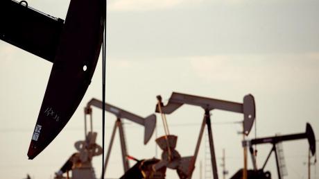 Цена на нефть упала до $0, это исторический минимум - впервые нефть не стоит ничего