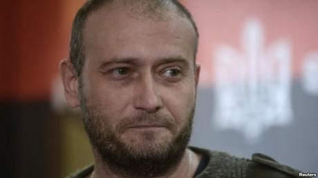 СМИ: со страницы Яроша в Фэйсбук исчезла запись о потерях возле Дебальцево