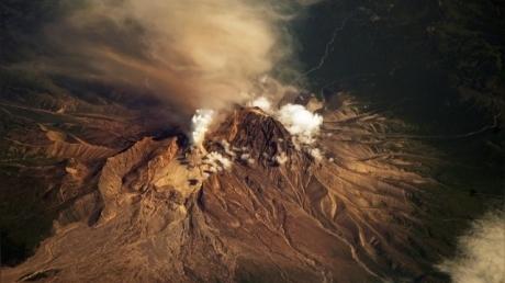 Вулканы Камчатки вывели из строя американские авиалинии