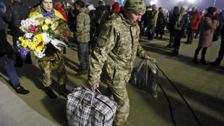 """Террористы """"Л/ДНР"""" готовы освободить 15 украинских заложников в обмен на 80 своих осужденных сторонников"""