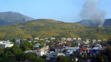 Обстрел Степанакерта и Шуши: есть пострадавшие, в Ереване и Баку выступили с заявлением