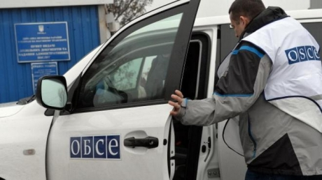 ОБСЕ: в районе аэропорта Донецка обстреляли мирных жителей